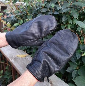 Vintage leather mitts